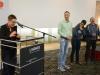 Uta Schwenke (LSVD-Bundesvorstand) bedankt sich bei den ehrenamtlich Mitarbeitenden