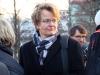 Prof. Dr. Susanne Baer am Denkmal - Foto: Caro Kadatz