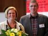 Angelika Schöttler (Bezirksbürgermeisterin) und Günter Dworek (LSVD-Bundesvorstand)  - Foto: Caro Kadatz