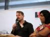 """Patrick Dörr und Lilith Raza vom LSVD-Projekt """"Queer Refugees Deutschland"""" - Foto: Caro Kadatz"""