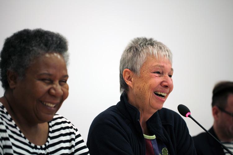 Liz Frank und Elizabeth Khaxas - Foto: Caro Kadatz / LSVD