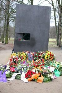 Gedenkfeier für die Opfer des Nationalsozialismus (c) LSVD / Caro Kadatz