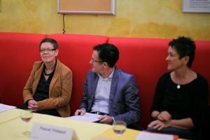 Uta Schwenke (LSVD-Bundesvorstand), Pascal Thibaut (Journalist) und Naana Lorbeer (Queer Amnesty)