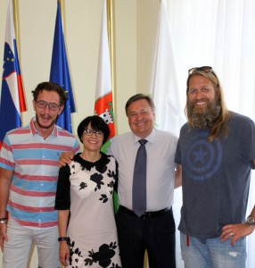 Axel Hochrein (LSVD-Bundesvorstand), Marta Kos Marko (Botschafterin Sloweniens in Deutschland), Zoran Janković (Bürgermeister von Ljubljana) und Andreas Hochrein-Margeit