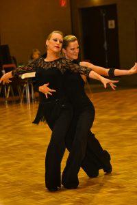 Frauentanzpaar Marina Hüls und Ute Graffenberger