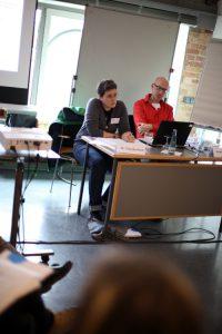 Dr. Claudia Krell (DT. Jugendinstitut) und Arnd Bächler (Schwulenberatung Berlin) ©Caro Kadatz/ LSVD