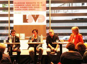 Waqar Tariq (LIB), Stefanie Schmidt (LSVD-Bundesvorstand), Micha Schulze (queer.de) und Carolina Brauckmann