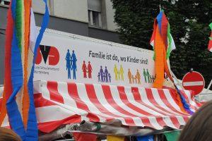 Regenbogenfamilien beim CSD Stuttgart 2019 © LSVD Baden-Württemberg